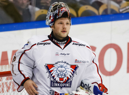 Goalie Christian Engstrand of Linkoping.  Image courtesy of hockeysverige.se.