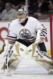 Dwayne Roloson in net for Edmonton.  Image courtesy NHL2Vegas.