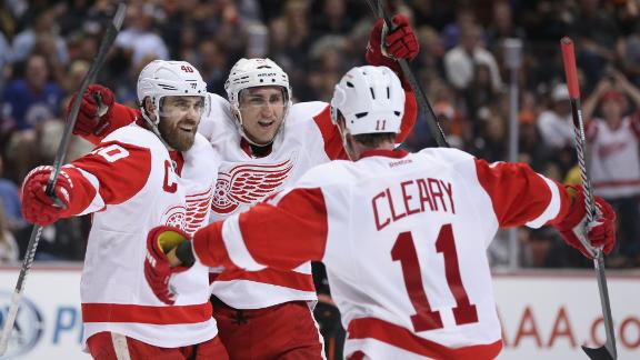 The Detroit Red Wings celebrate a goal during their win in Game seven. (Courtesy of score.espn.go.com)