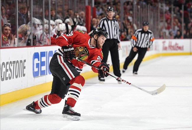 Bryan Bickell scored 9 goals in 25 playoff appearances last season as the Blackhawks stormed to Stanley Cup victory, but how will he handle the increased pressure this year? (Courtesy of senshot.com)