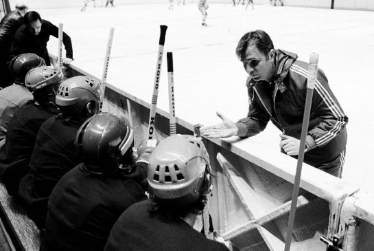 http://www.thestar.com/content/dam/thestar/sports/hockey/2014/11/24/legendary_soviet_hockey_coach_viktor_tikhonov_dies/tikhonov.jpg.size.xxlarge.promo.jpg