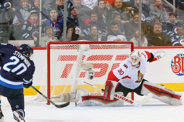 http://www.thehockeynews.com/blog/wp-content/uploads/2015/03/465245640-640x424.jpg