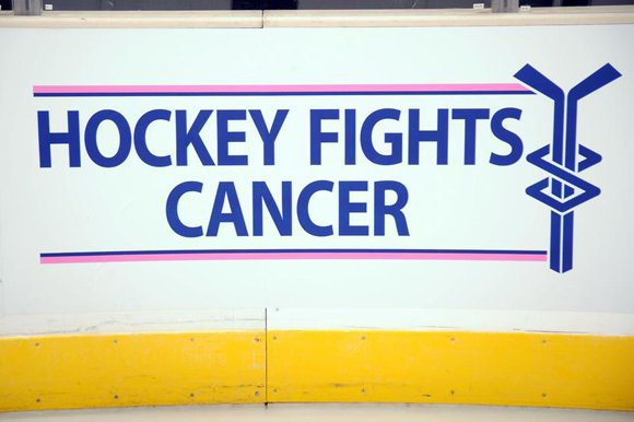https://novacapsfans.files.wordpress.com/2015/10/hockey-fights-cancer_t580.jpg?w=627&h=417